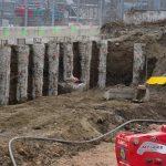 Litfassstraße - Baugrube - Sicherung der Baugrube mit aufgelöster Bohrpfahlwand