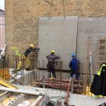Favoritenstraße - Versetzen der Hohlwände für die Feuermauer